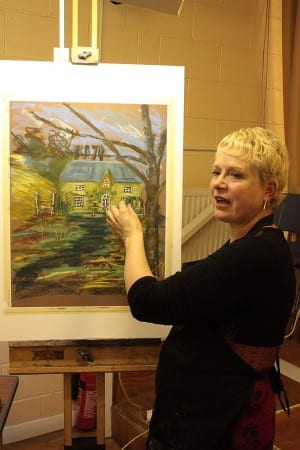 Linda demonstrates her pastel technique to DAC on 18th November 2013